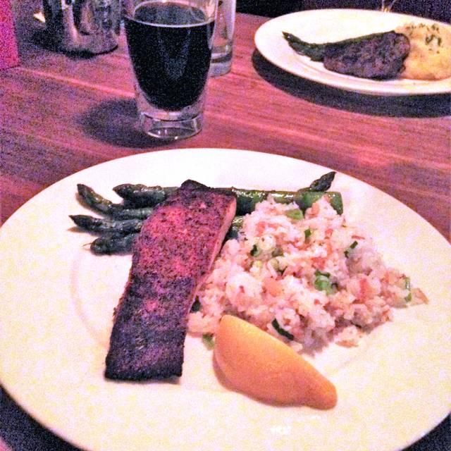 Earls Kitchen Bar 170th Street Edmonton Edmonton