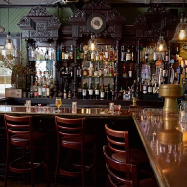 Grey Horse Tavern, Bayport, NY
