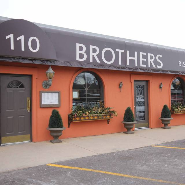 Brothers Ristorante, Whitby, ON