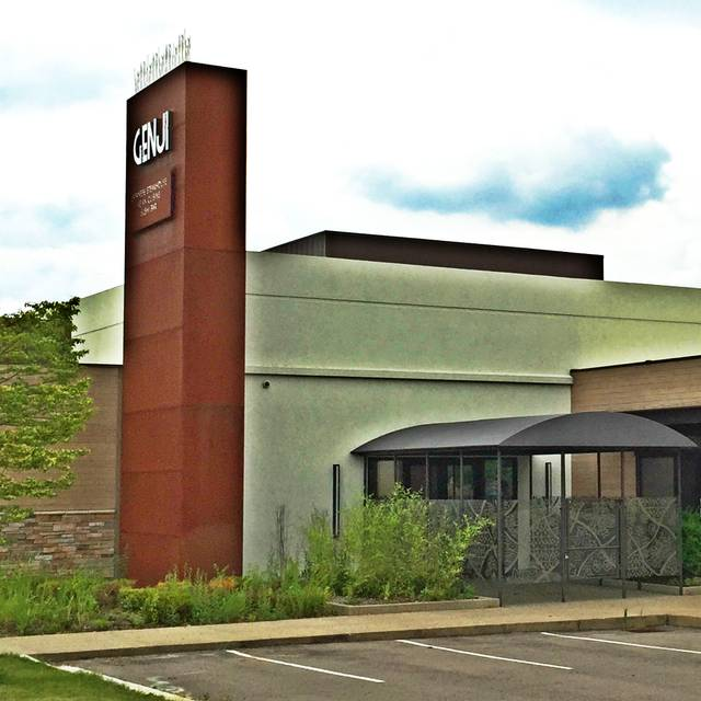 25 Restaurants Near DoubleTree by Hilton Detroit Novi | OpenTable