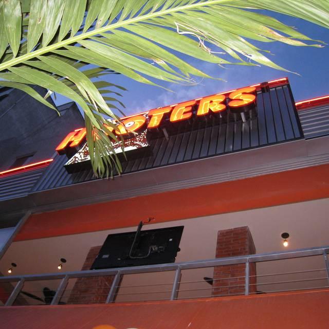 Hooters  Diana, Ciudad de México, CDMX