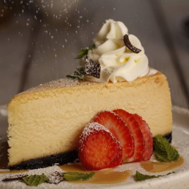 White Chocolate Cheesecake - Milestones Grill + Bar - Toronto - Scarborough, Scarborough, ON