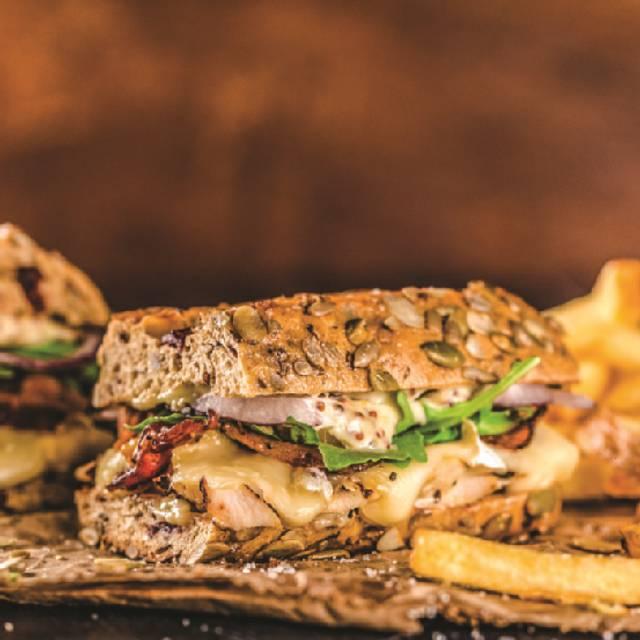 Rustic Chicken Club - Milestones Grill + Bar - Waterloo, Waterloo, ON