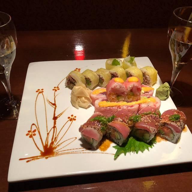Zen Asian Sushi Bar Amp Grill Restaurant Denver Co