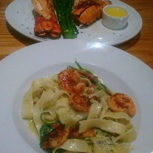 Carmel Kitchen And Wine Bar Allentown Pa