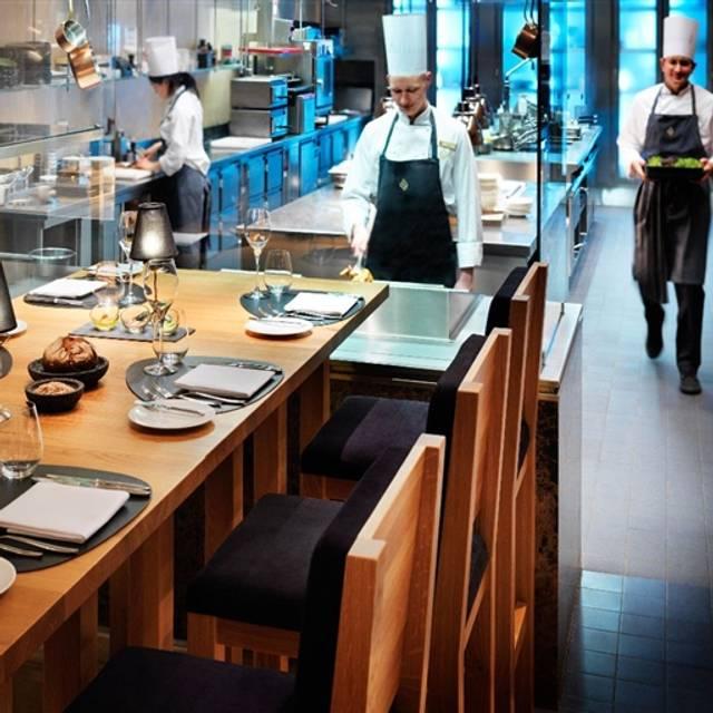 Single restaurant frankfurt
