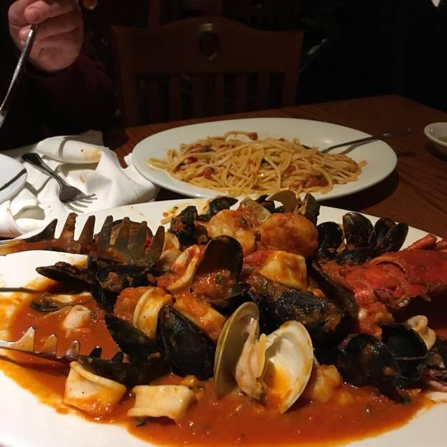 Butera's Restaurant of Sayville, Sayville, NY
