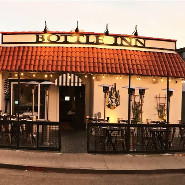 Bottle inn hermosa restaurante hermosa beach ca opentable for A r salon hermosa beach