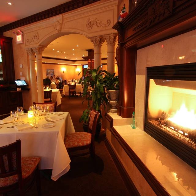 Luciano's Ristorante & Lounge/Rahway, NJ, Rahway, NJ