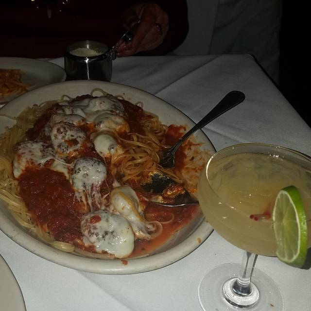 Carmine's - 91st Street - NYC, New York, NY