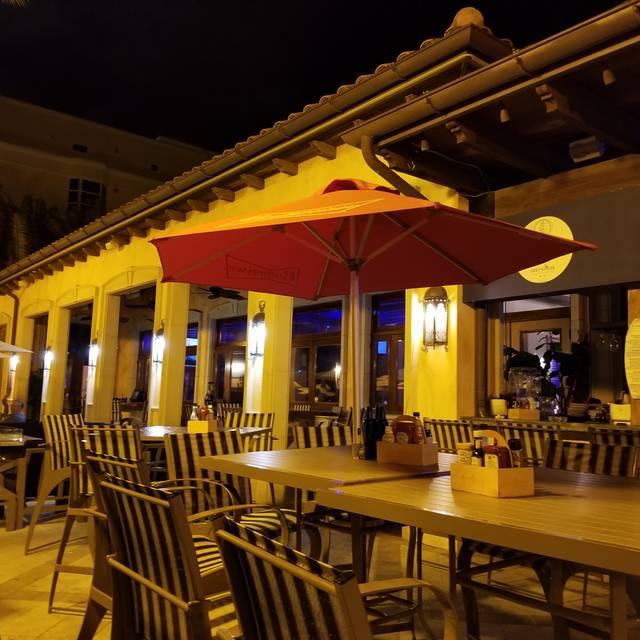 Blu Mangrove Grill, Palmetto, FL