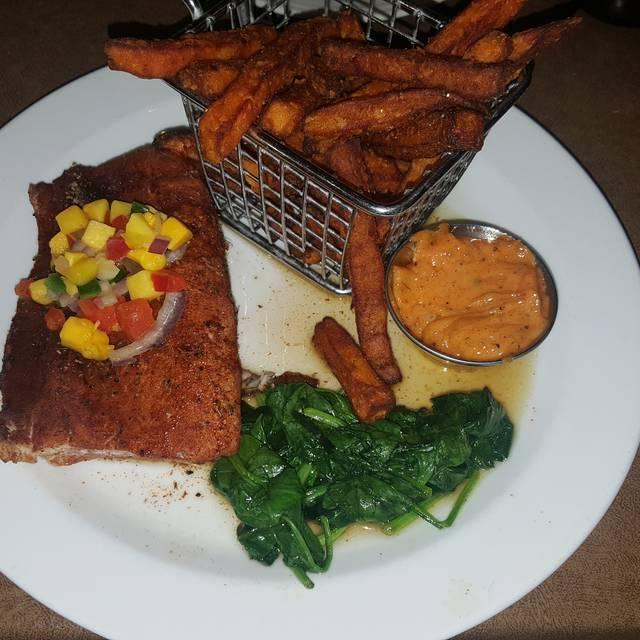 Mac's Acadian Seafood Shack, Saline, MI
