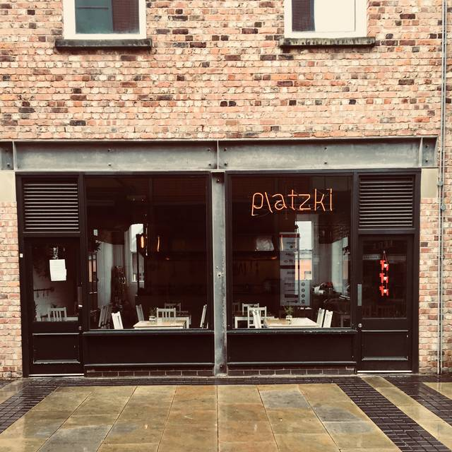 Platzki, Manchester
