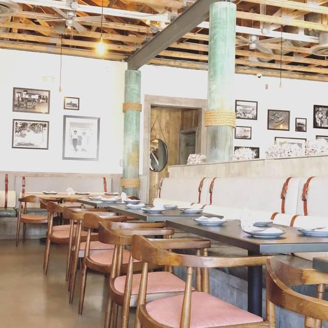 Stiltsville fish bar miami beach fl opentable for Stiltsville fish bar