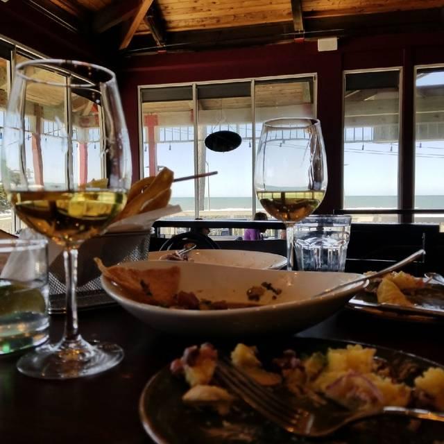 Puerto 27 Peruvian Kitchen & Pisco Bar, Pacifica, CA
