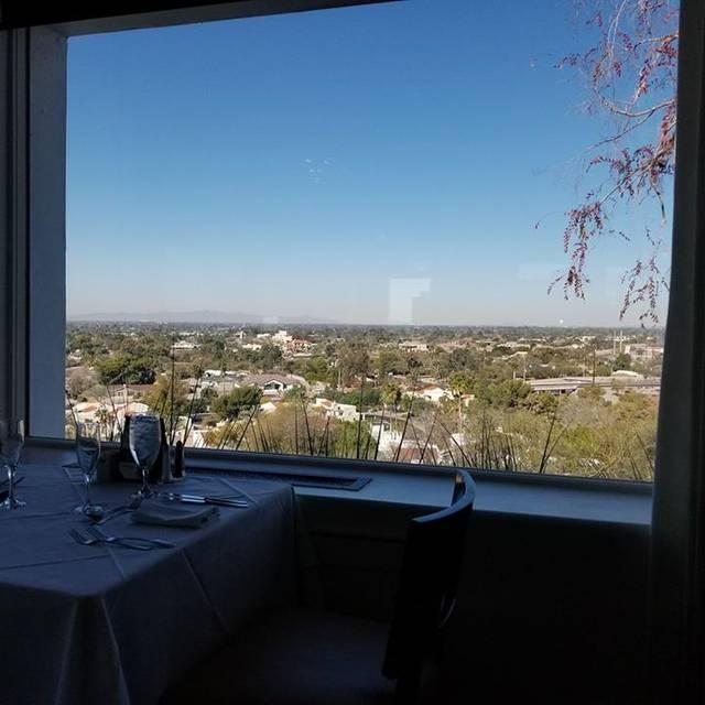 Wrigley Mansion - Geordie's, Phoenix, AZ