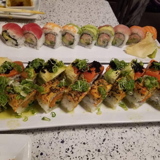 Nijo Sushi Bar & Grill, Seattle, WA
