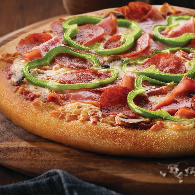 Deluxe Pizza  - Boston Pizza - Station Square, Burnaby, BC