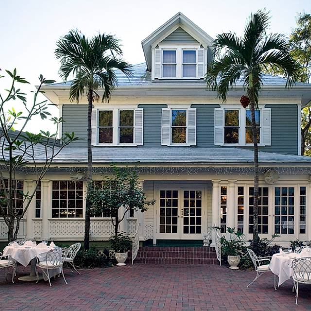 The Veranda-Ft Myers, Fort Myers. Restaurant Info, Reviews, Photos on