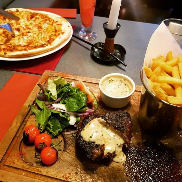 Manhattan Bar & Grill, Liverpool, Merseyside