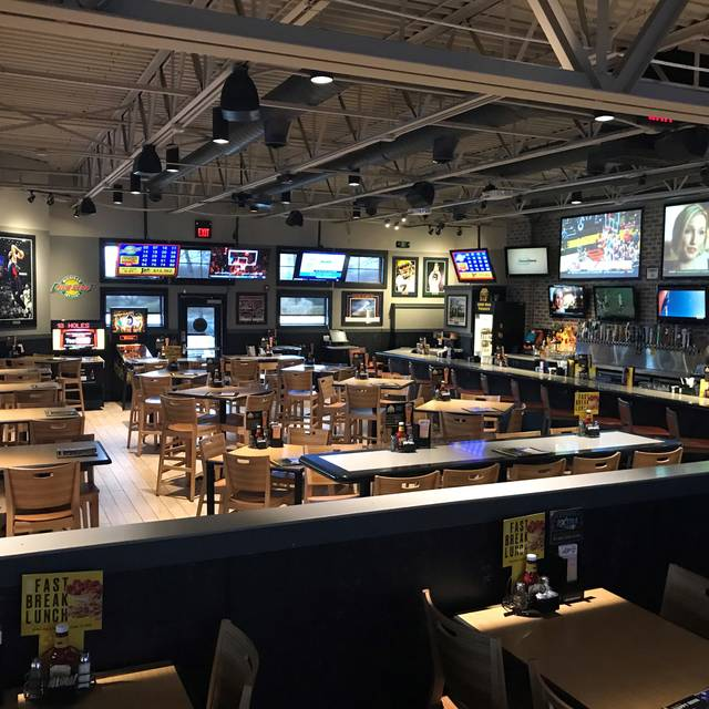 Buffalo Wild Wings Lake Orion Mi