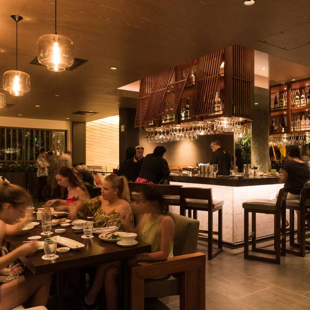 Morimoto asia waikiki restaurant honolulu hi opentable for Best private dining rooms honolulu
