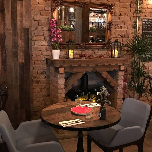 Fire Place - Midpoint Restaurant, London