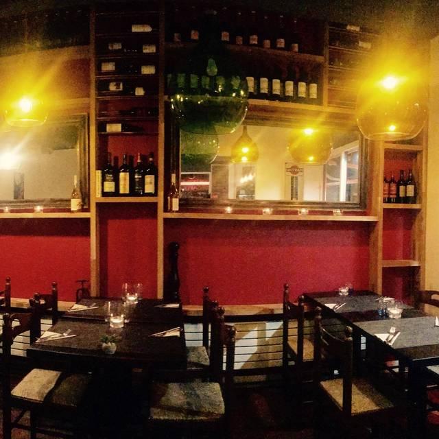 Fitzroy Wine Cellar & Kitchen, London