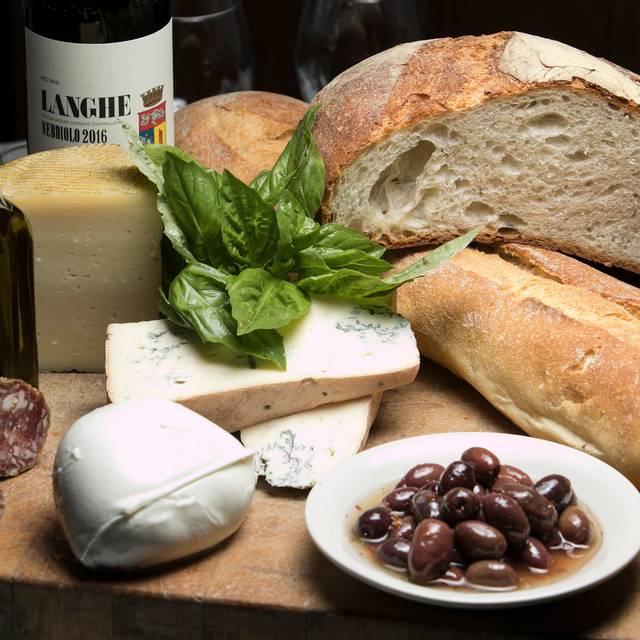 Tavolo - Sole Bistro Italiano, New York, NY