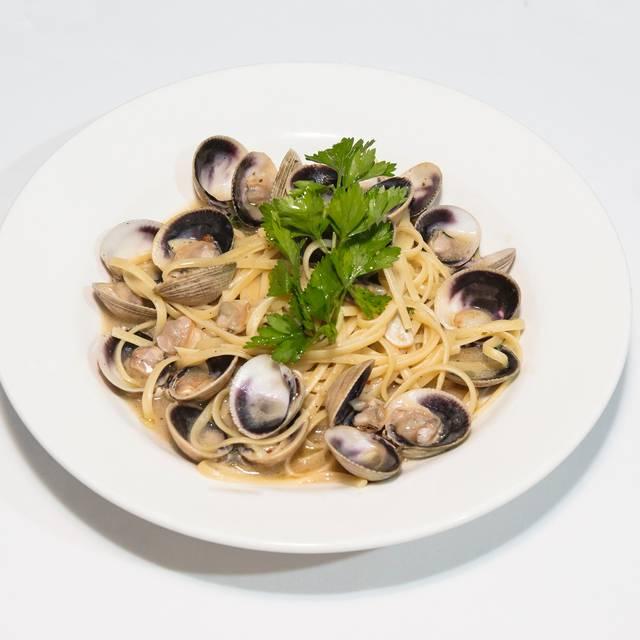 Linguine Al Vongole - Sole Bistro Italiano, New York, NY