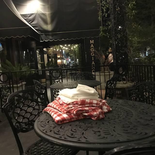 Maggiano's - Jacksonville, Jacksonville, FL