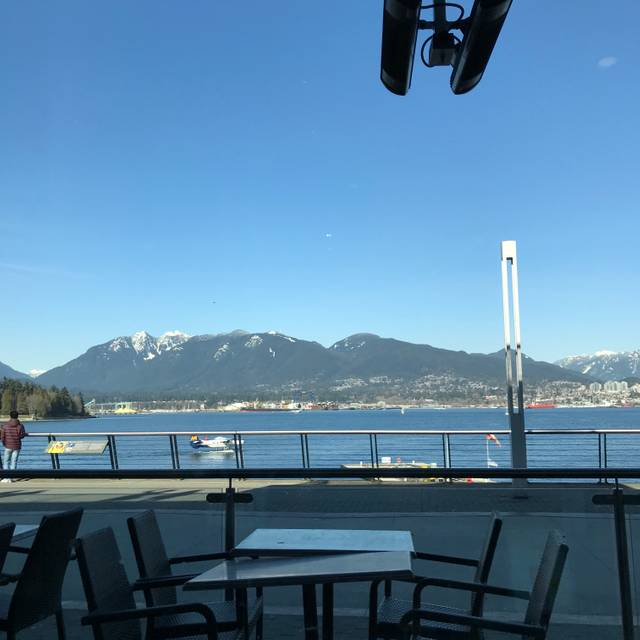 De Dutch - Burrard Landing, Vancouver, BC