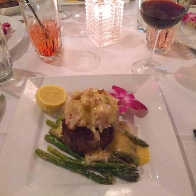 T-Michaels Steak and Lobster, Naples, FL