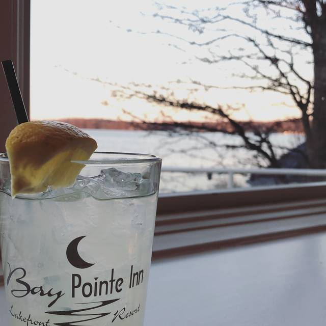 Bay Pointe Inn and Terrace Grille Restaurant, Shelbyville, MI