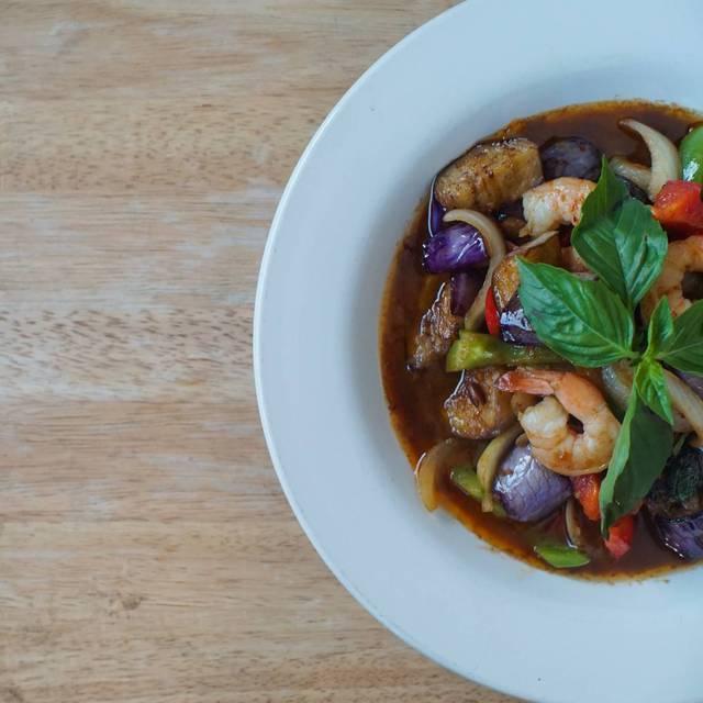 Chao Pra Ya Thai Cuisine, Eugene, OR