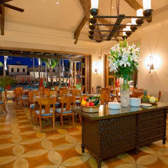 Dinning Room Pm - Hacienda Cocina y Cantina, Cabo San Lucas, BCN