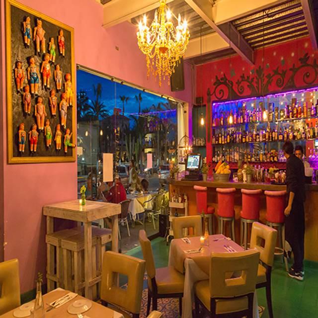 Open Table - La Galeria - San Jose, San José del Cabo, BCS