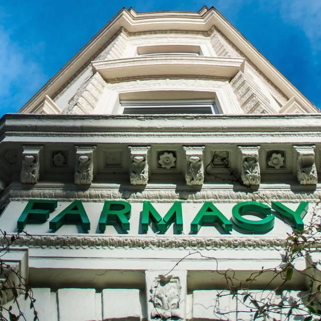 Farmacy, London