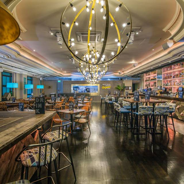 Bar & Kitchen - Sway, London