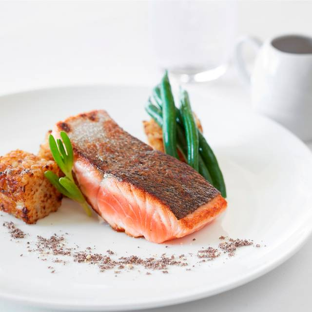 Salmon - Straits Cafe - Rendezvous Hotel - Perth Scarborough, Scarborough, AU-WA