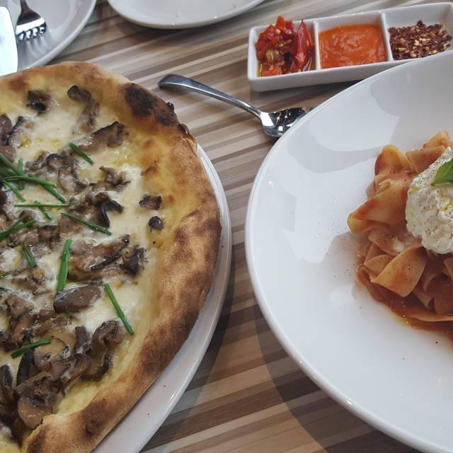 Posta Ital Bar Cucina, Mississauga, ON