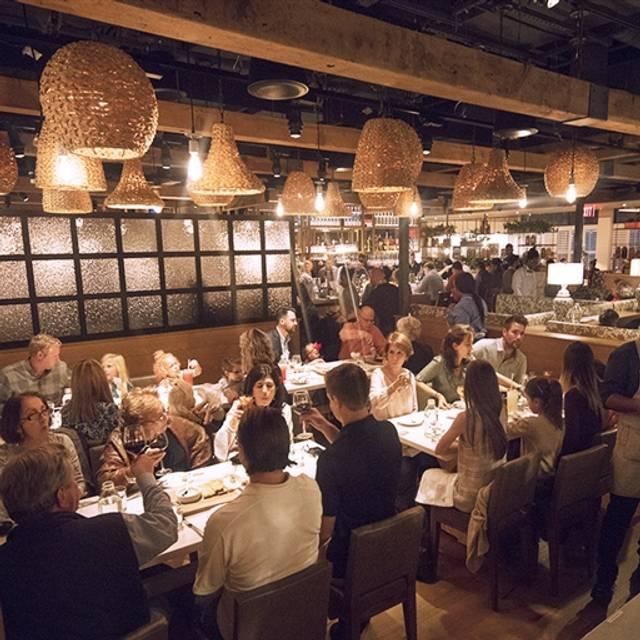 Restaurant Week Founding Farmers