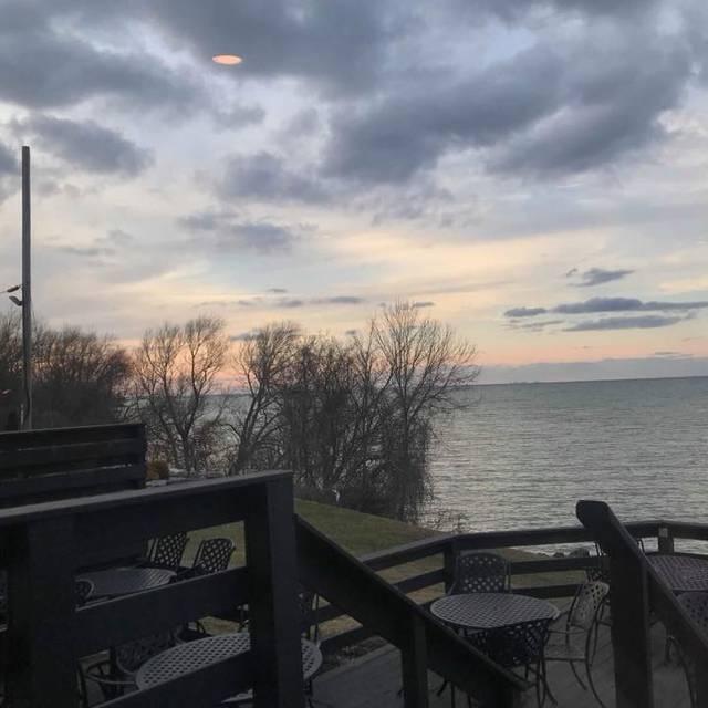 Lake House Restaurant, Vineland, ON