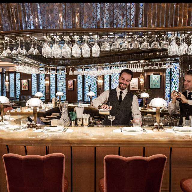 Bar Action Shot By Sim Canetty-clarke - The Ivy Dining Counter, London