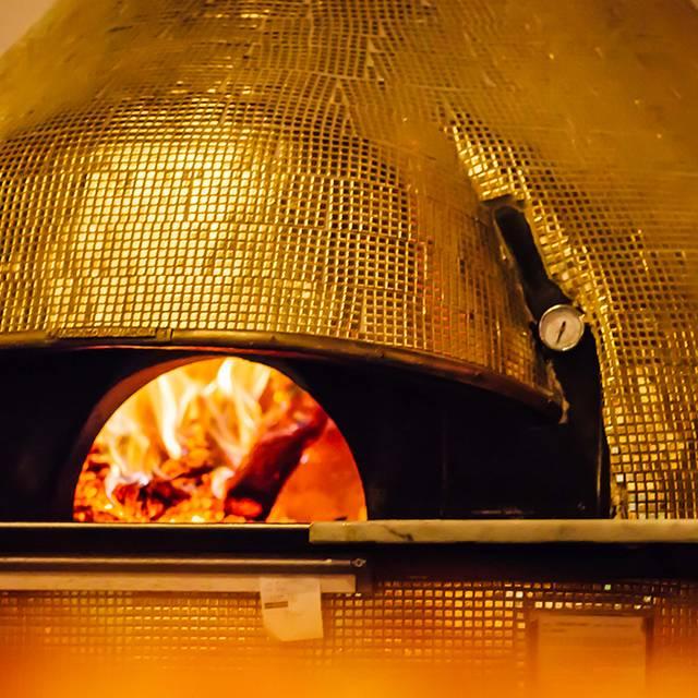 Gold Oven - Midici Neapolitan Pizza - El Paso, El Paso, TX