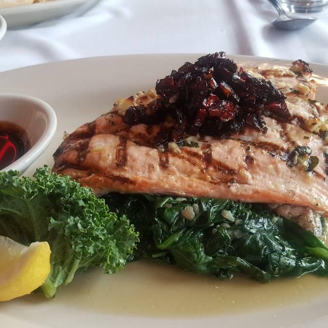 Sea Shore Restaurant & Marina, Bronx, NY