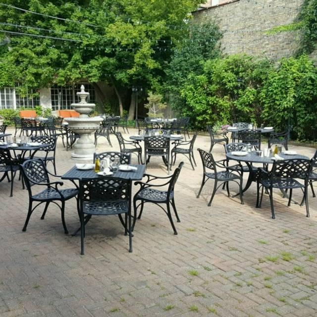 Bella Via Ristorante and Banquets, Highland Park, IL