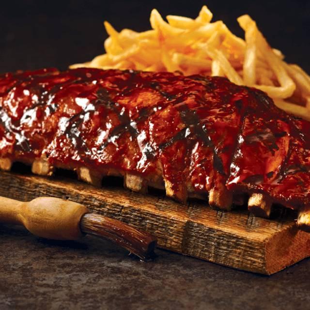 Ribs - Bâton Rouge Steakhouse & Bar - de la Montagne, Montréal, QC