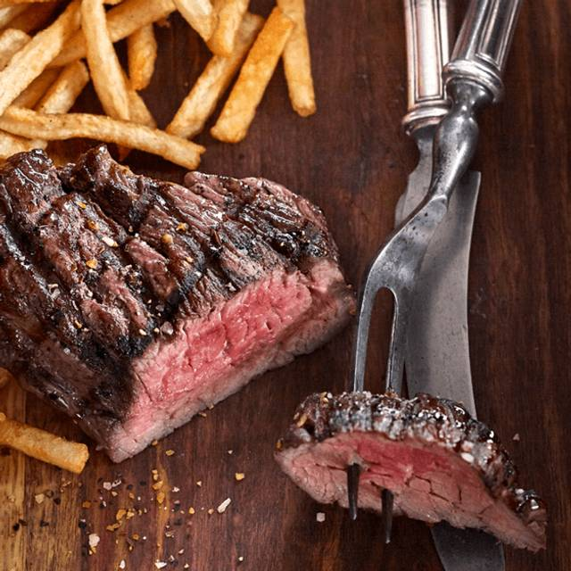Steak Frites - Bâton Rouge Steakhouse & Bar - Whitby, Whitby, ON