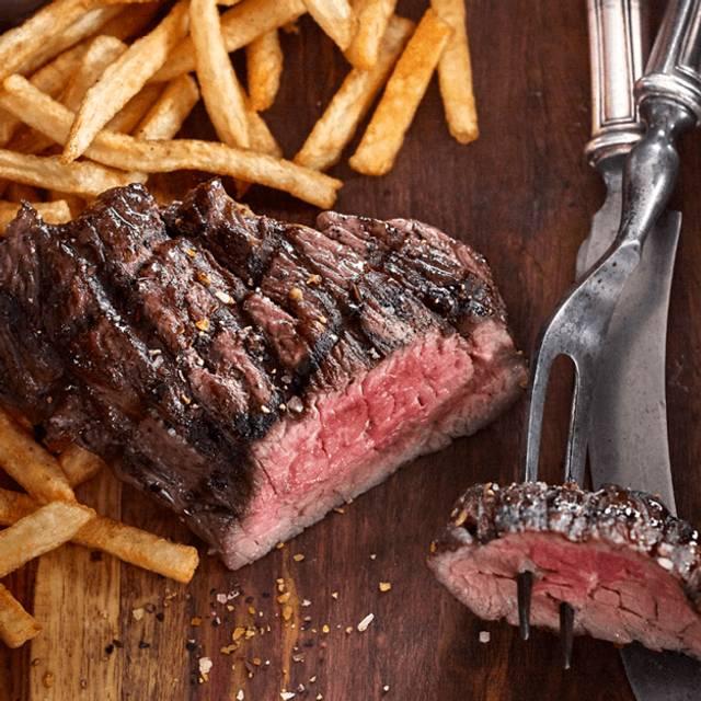 Steak Frites - Bâton Rouge Steakhouse & Bar - Ottawa, Ottawa, ON